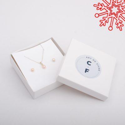 CB-ensemble-perles-50-et-moins-2048x2048-1